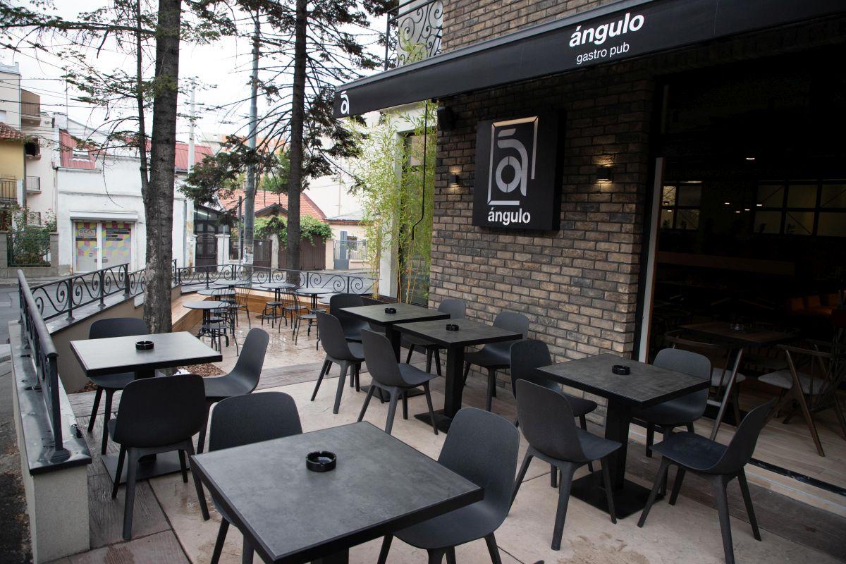 Angulo restoran bašta