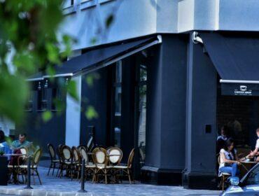 coffe shop front